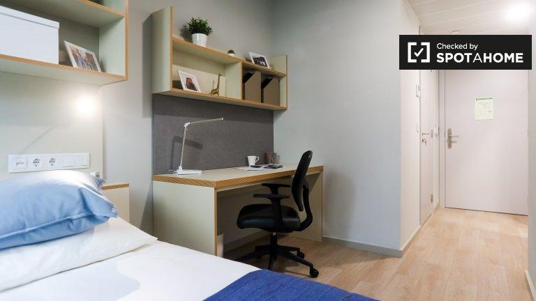 Se alquila habitación en residencia en Paranhos, Oporto