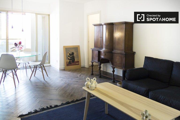 Stylish 3-bedroom apartment for rent in Malasaña, Madrid