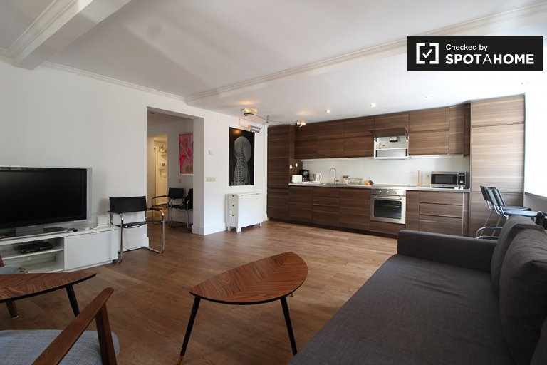 2-bedroom, 2-bathroom apartment for rent in Chueca, Madrid