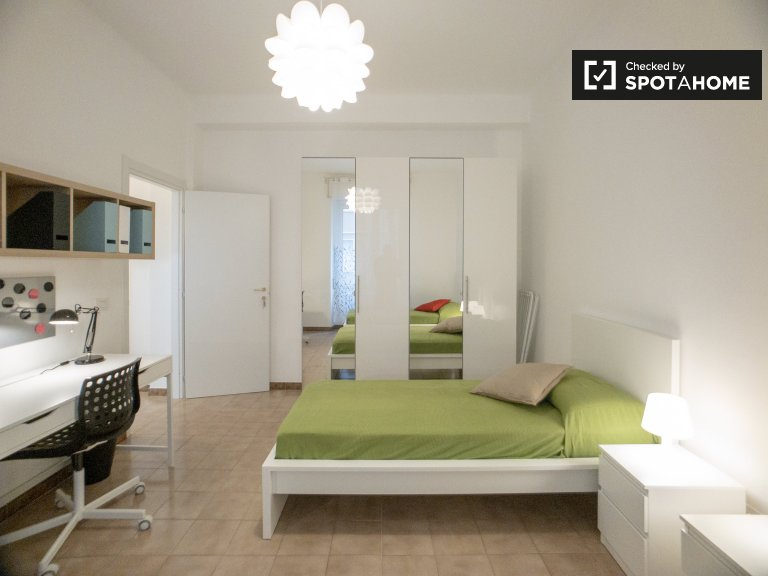 Stylish room for rent in Greco, Milan