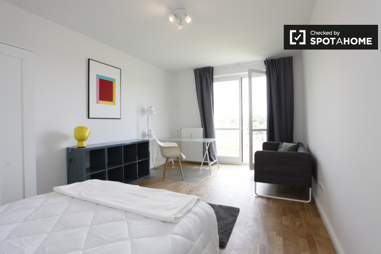 Inviting room in apartment in Treptow-Köpenick, Berlin