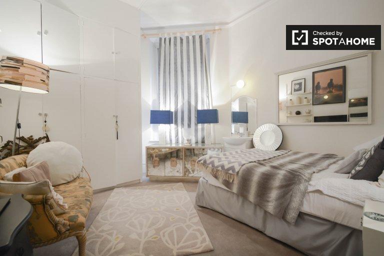 Grande chambre à louer à 4 chambres à Notting Hill, Londres