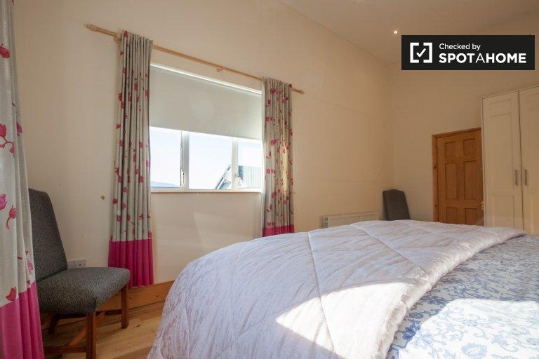 Room in shared house in Blackrock, Dún Laoghaire & Dakley