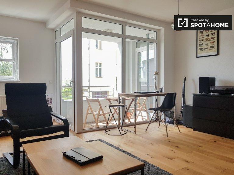 Lichtenberg, Berlin'de kiralık 1 yatak odalı daire