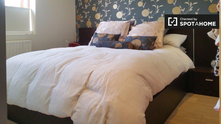 Gemütliches Zimmer in 4-Zimmer-Häuser in Killester, Dublin