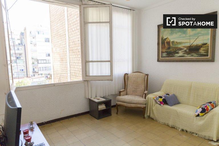 4-bedroom apartment for rent in Eixample Dreta, Barcelona