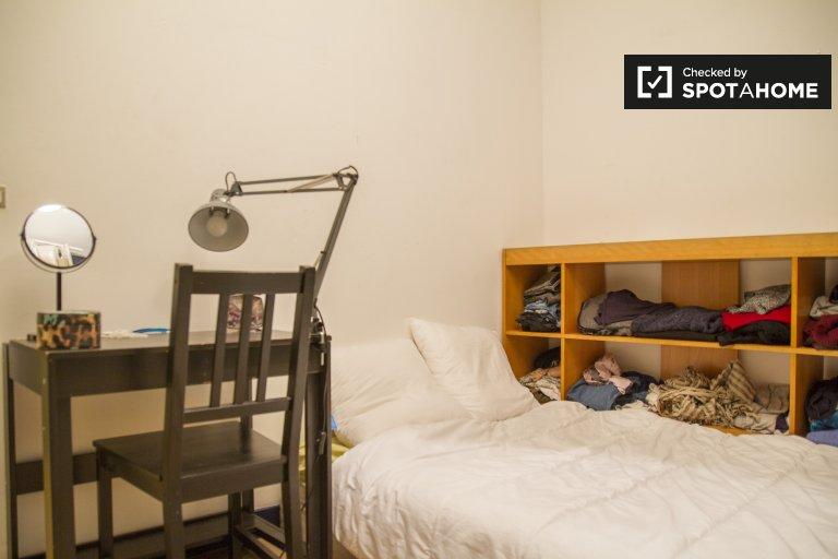 Gemütliches Zimmer in 4-Zimmer-Wohnung 3. Arrondissement, Paris