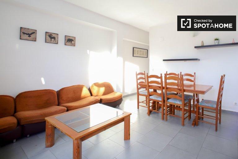 appartement de 2 chambres à louer à Poblats Marítims, Valencia
