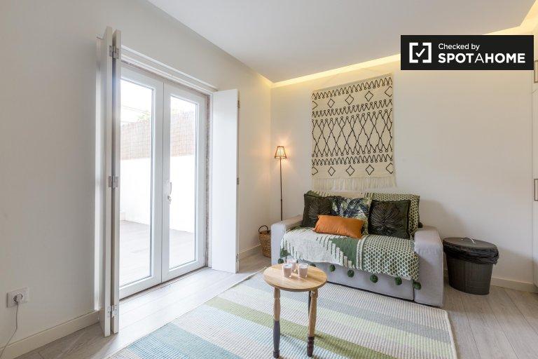 Modern 1-bedroom apartment for rent in Alvalade, Lisbon
