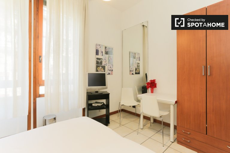 Cozy studio apartment for rent in Centrale, Milan