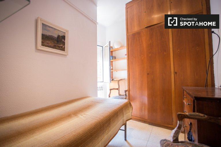 Gemütliches Zimmer zu vermieten in Sarrià, Barcelona