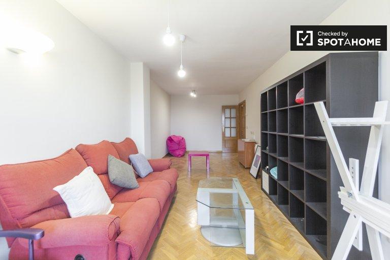 Appartement de 4 chambres à louer à Villaverde, Madrid