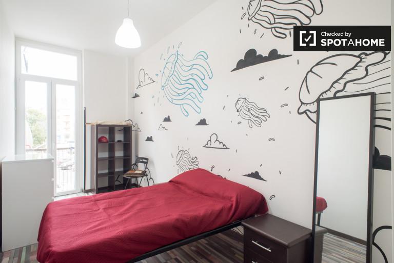 Apartamento de 4 dormitorios en alquiler en Pigneto, Roma