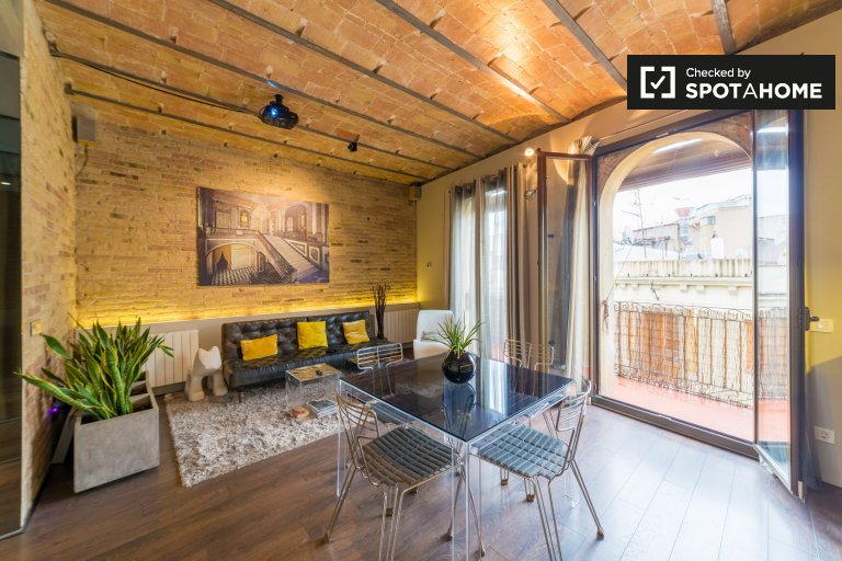3-bedroom apartment for rent in El Raval, Barcelona