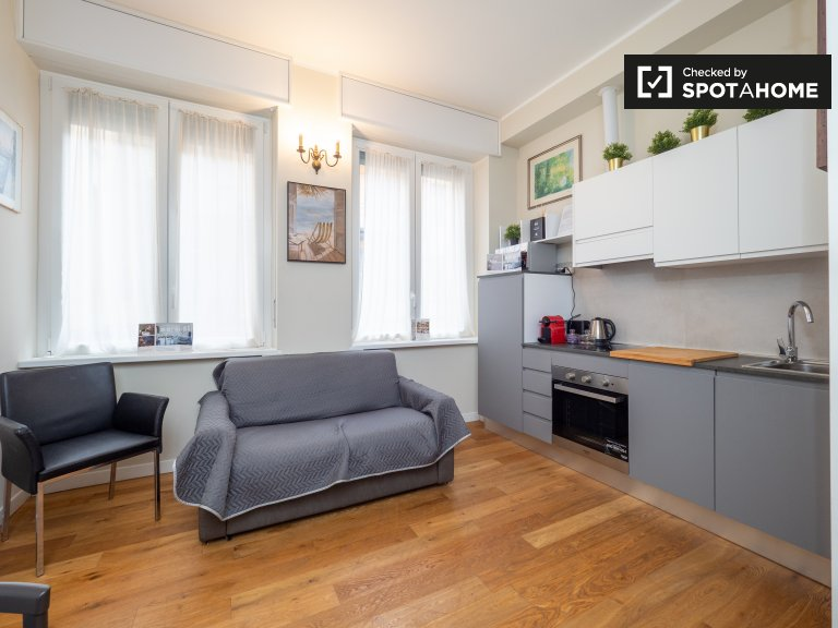 Neat 1-bedroom apartment for rent in Sant' Ambrogio, Milan