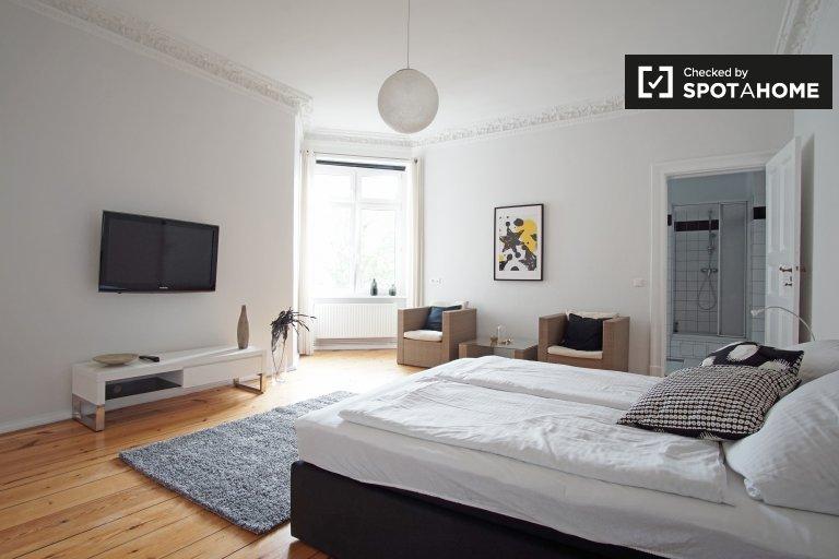 Hermoso apartamento de 1 dormitorio en alquiler en Schöneberg, Berlín