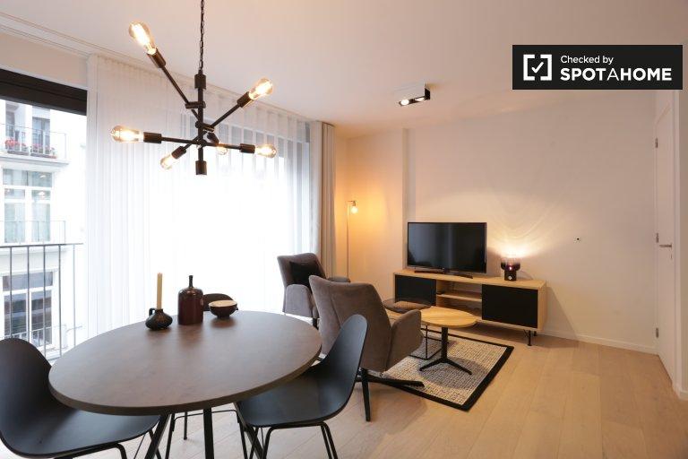 Nowoczesny apartament typu studio do wynajęcia w Dzielnicy Europejskiej