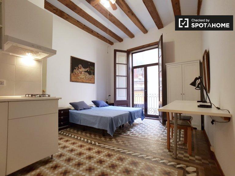 Acolhedor apartamento de estúdio para alugar em Barri Gòtic, Barcelona