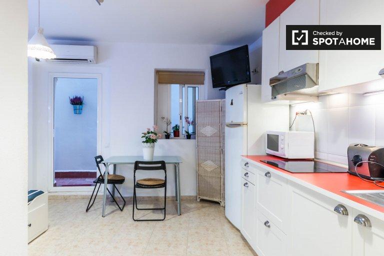 Accogliente monolocale in affitto a El Raval, Barcellona