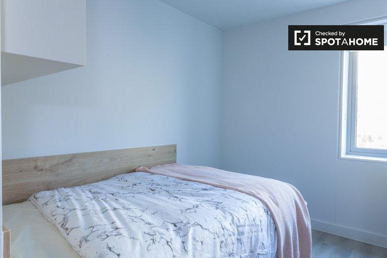 Chambre soignée à louer dans un appartement de 6 chambres à coucher dans The Liberties