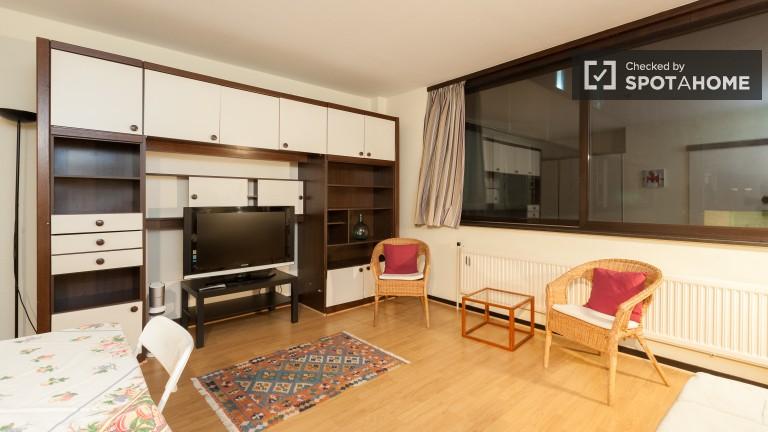 Spacious Studio for Rent in Etterbeek, Brussels