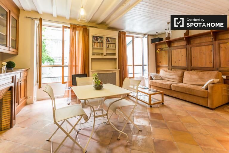 Studio apartment for rent in the 5th Arrondissement of Paris