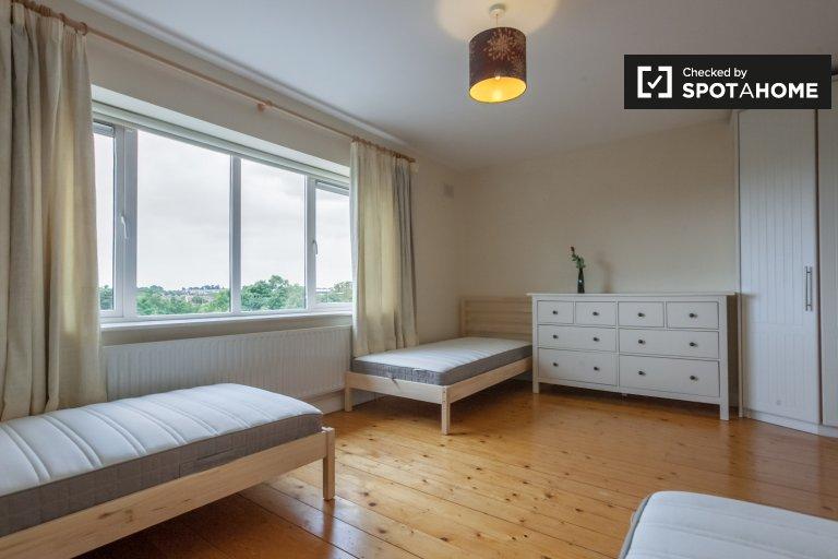 Zimmer zu vermieten in 3-Zimmer-Haus in Blanchardstown