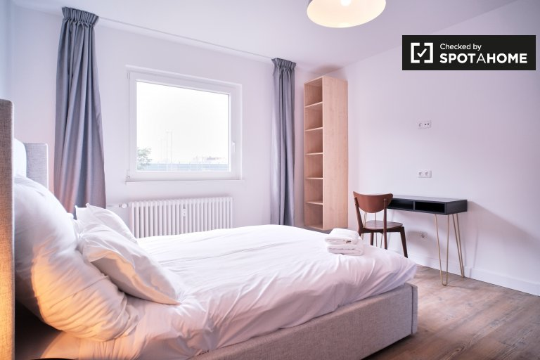 Room for rent, apartment with 2 bedrooms, Neukölln, Berlin