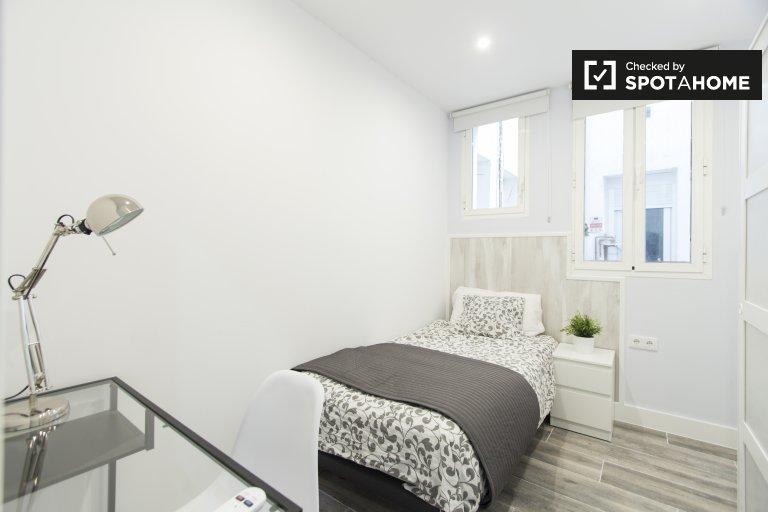 5 yatak odalı daire, Retiro, Madrid'de modern oda