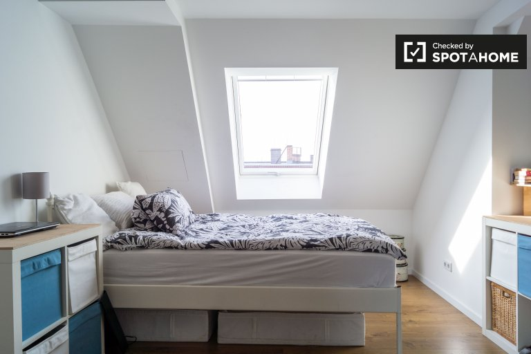 Room in apartment with 2 bedrooms for rent, Prenzlauer Berg