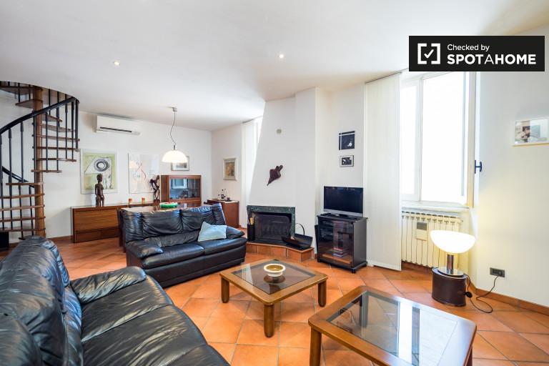 Apartamento duplex de 1 quarto para alugar em Porta Romana, Milão