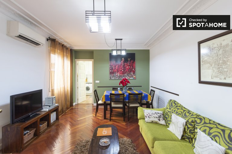 Great 2-bedroom apartment for rent in Centro, Madrid
