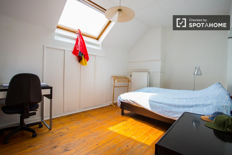 Bedroom 3 with large single bed and built-in wardrobe