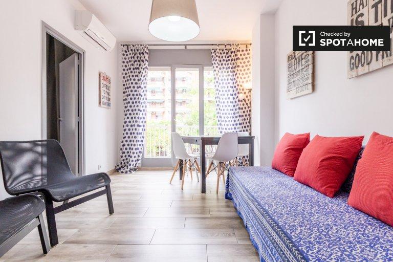 4-pokojowe mieszkanie do wynajęcia w Eixample, Barcelona
