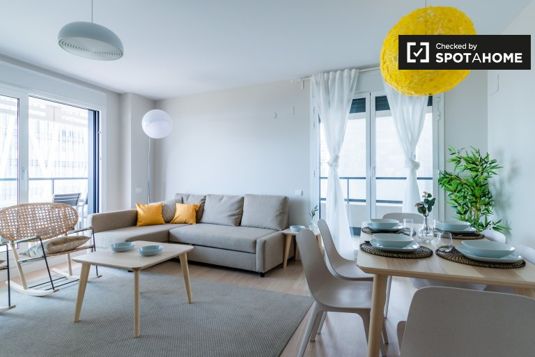 Amazing 3-bedroom apartment for rent in Poblenou, Barcelona