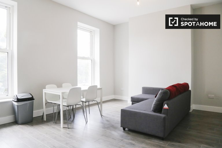 1-bedroom flat to rent in North Strand, Dublin