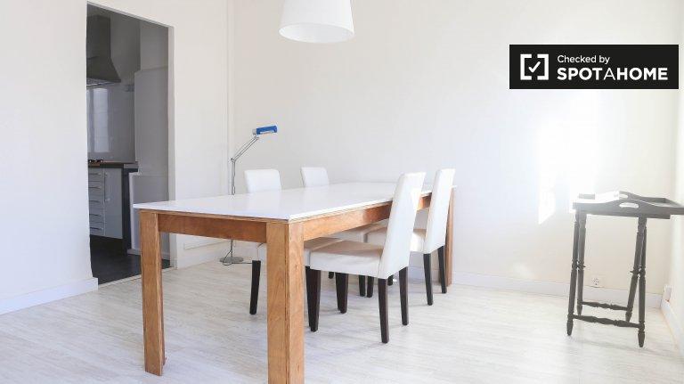 L'Eixample, Valensiya için kiralık 3 odalı daire