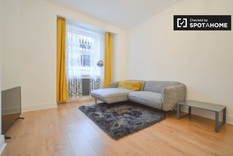 2-bedroom flat to rent in Maida Vale, London
