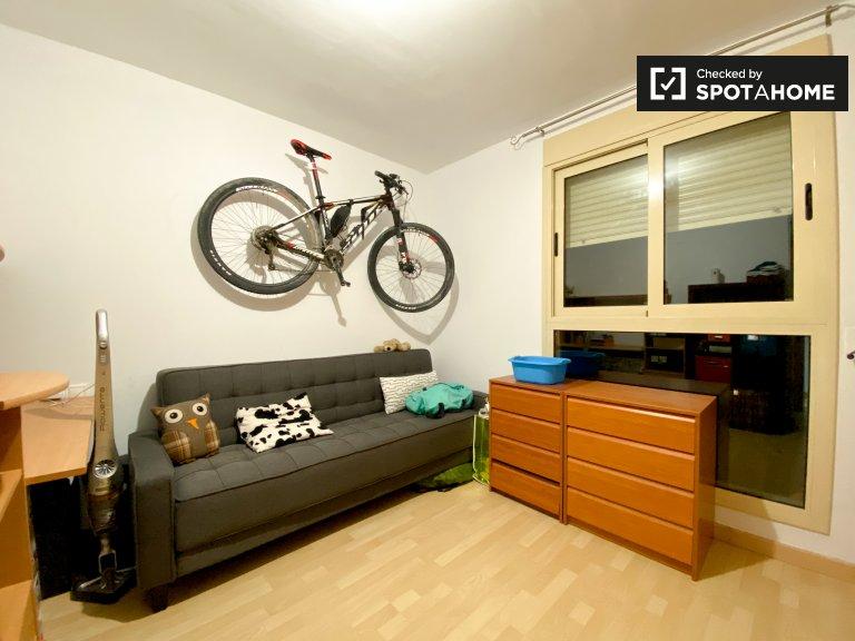Gemütliches Zimmer zur Miete in 2-Zimmer-Wohnung in L'Olivereta