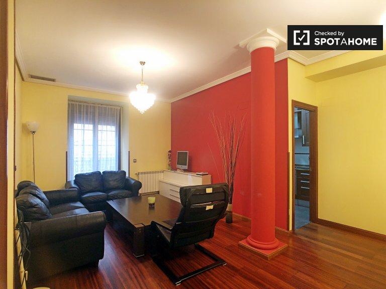 3-pokojowe mieszkanie do wynajęcia w Argüelles, Madryt