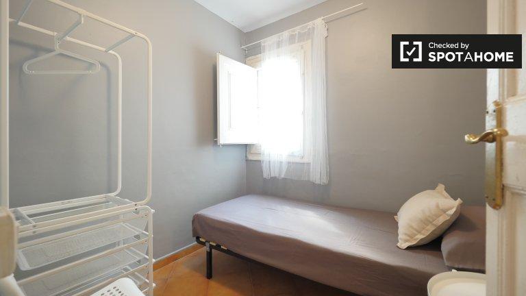 Zimmer zu vermieten in 4-Zimmer-Wohnung Gotisches Viertel