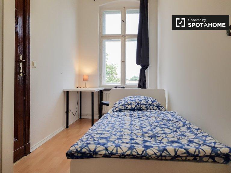 Lindo quarto para alugar em Pankow, Berlim