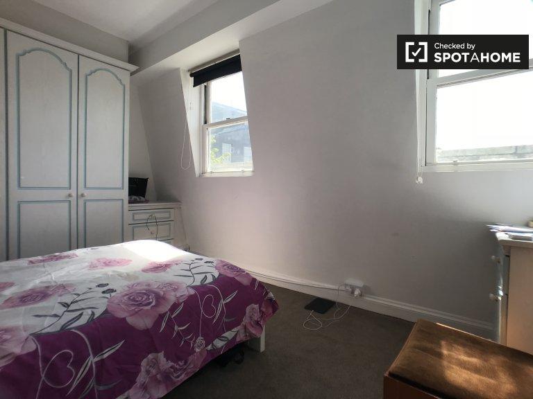 Chambre confortable appartement de 6 chambres, Tower Hamlets, Londres