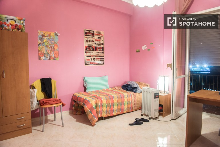 Exterior room in 4-bedroom apartment in Tuscolano, Rome