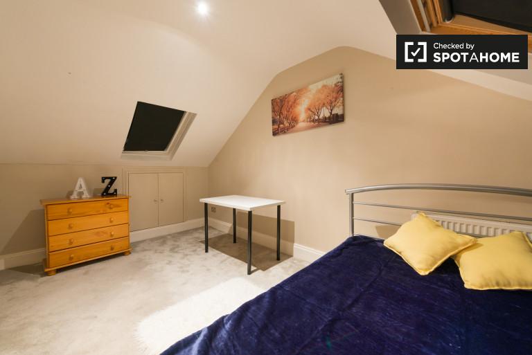 Bedroom 14 - double bed