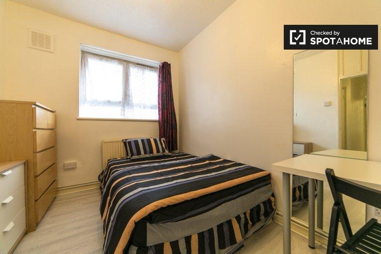 Habitación en piso compartido de 5 dormitorios en Tower Hamlets, Londres