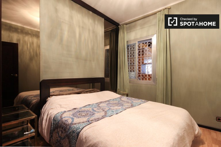 Preciosa habitación en alquiler en Sants, Barcelona