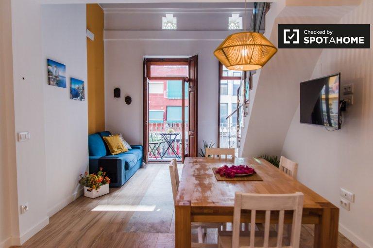 Apartamento de 2 quartos para alugar em El Cabanyal, Valência