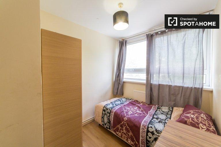 Charmantes Zimmer zu vermieten in Poplar, London
