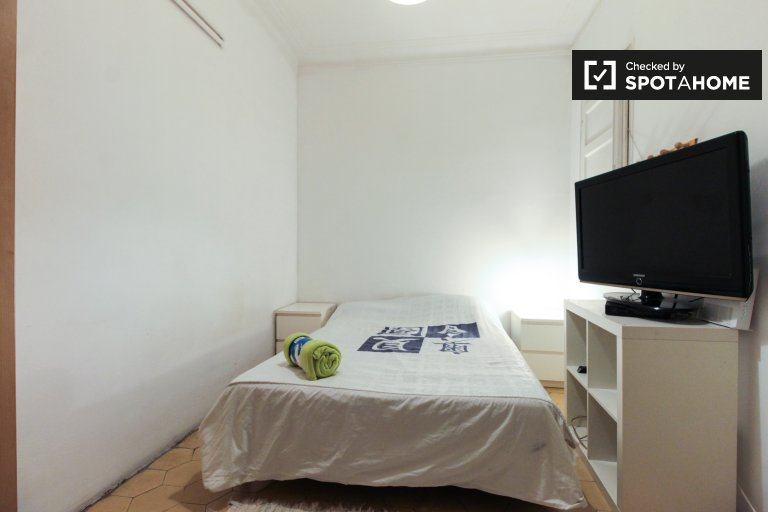 Cozy room for rent in Eixample, Barcelona
